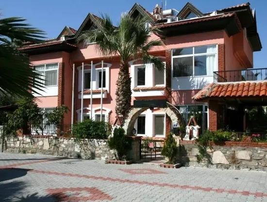 Marmaris Icmeler 12 Einheiten In Der Umgebung 2 Zimmer 1 Wohn-Zimmer Wohnungen Zu Verkaufen Sehr Dringend