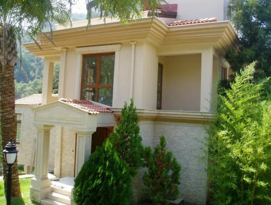 10 Rooms 400 M2 Mansion With 3 Living Room With Pool Views Of Nature In Marmaris