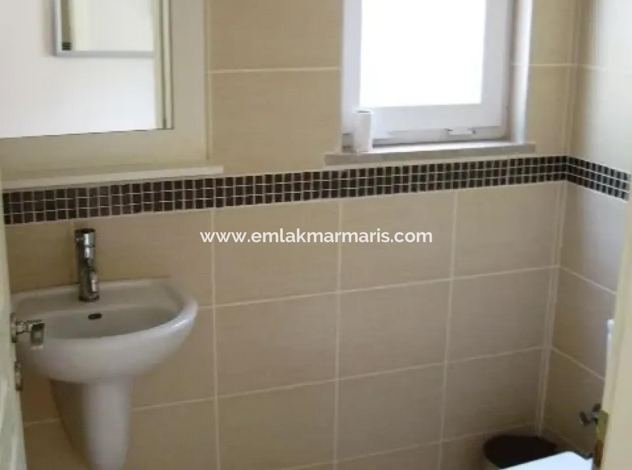 Marmaris  Deniz Manzaralı 3 Oda 1 Salon Yüzme Havuzlu Satılık Daire