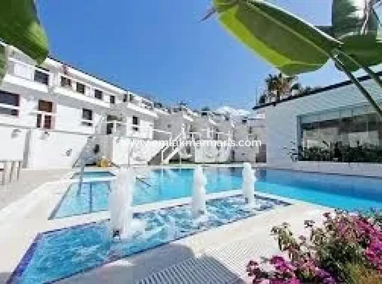 Marmaris,Den 40 Km Uzaklıkta Denize Sıfır Satılık Butik Otel İskelesi Mevcut