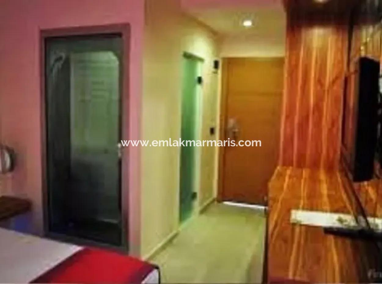 Marmaris Merkezinde 80 Oda Satılık Otel