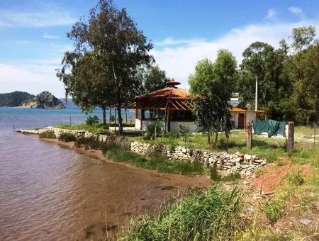 Marmaris İlçesinde Orhaniye Köyünde Denize Sıfır 760 M2 Satılık Restaurant,Cafe