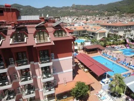 Marmaris Armutalan Mevkiinde 60 Oda Satılık Otel