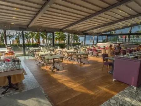 Marmaris Merkezinde Denize Sıfır Satılık Butik Otel 45 Oda